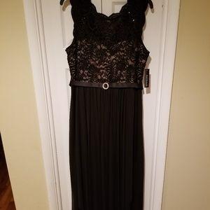R&M Richard's Gown